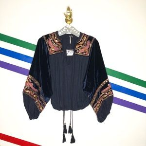 NEW Free People navy hearts aflame puff sleeve top